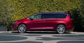 Chrysler Pacifica side.jpg